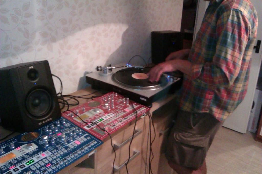 Rolands-Reiters-DJ-aparatura