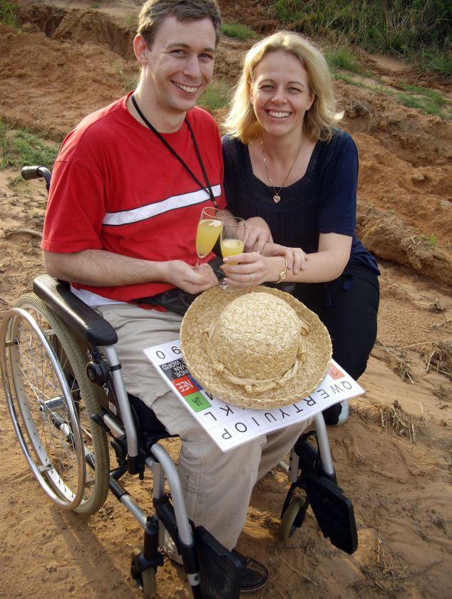 Martins Pistorius ar sievu Džoannu