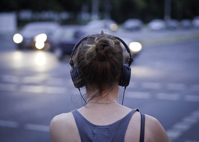 vai mūzika ietekmē atmiņu