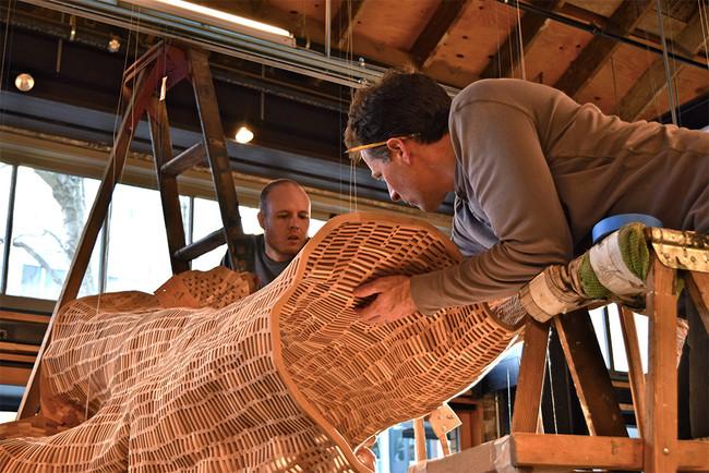 koka skulptūras izgatavošana